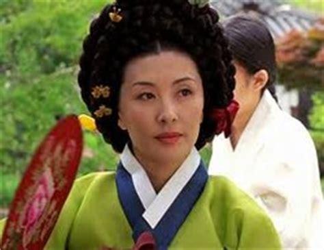 Gamis Korea Flera characters westing