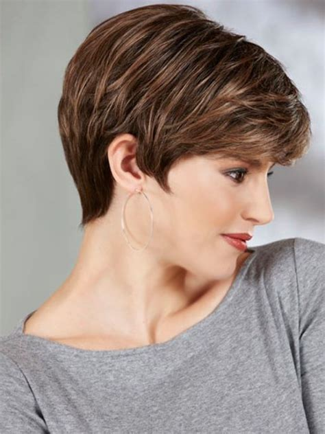 15 short wedge hairstyles for fine hair hairstyle for women best 25 thin wavy hair ideas on pinterest medium length