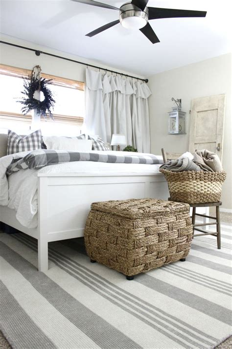 bedroom mats and rugs 17 best ideas about striped rug on pinterest stripe rug coastal living rooms and