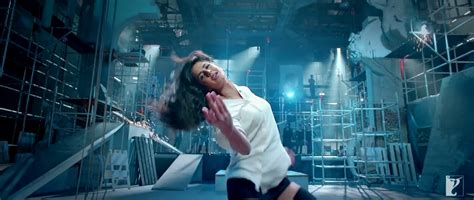 dhoom 3songs kamli song full dhoom 3 hd video watch and download