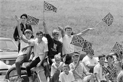 ukraine i11egal models not racist symbol confederate flag