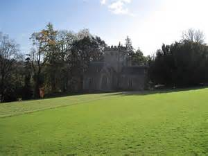 melbury square melbury house chapel 169 andrew davis cc by sa 2 0 geograph britain and ireland