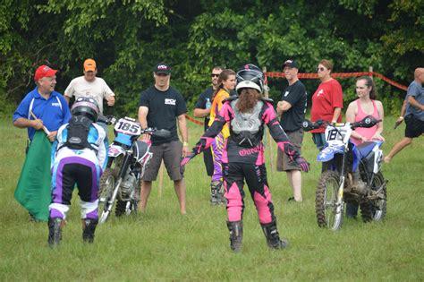 girls on motocross girls on dirt bikes www pixshark com images galleries