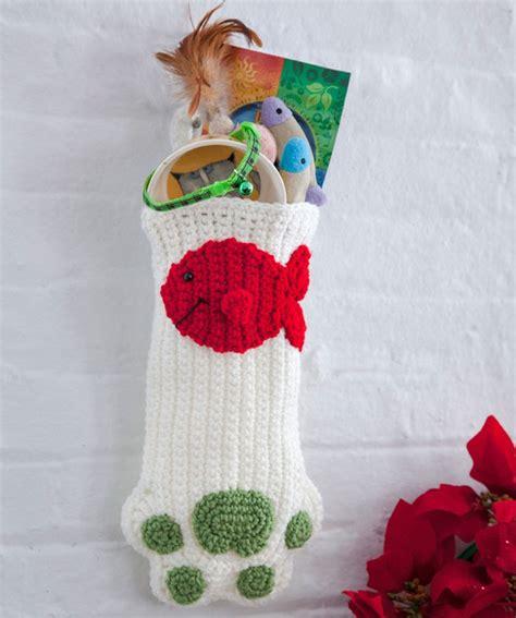 pattern for cat christmas stocking cat paws christmas stocking crochet pinterest