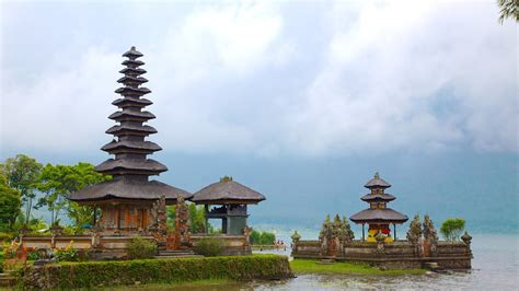 bali vacations  package save    expedia
