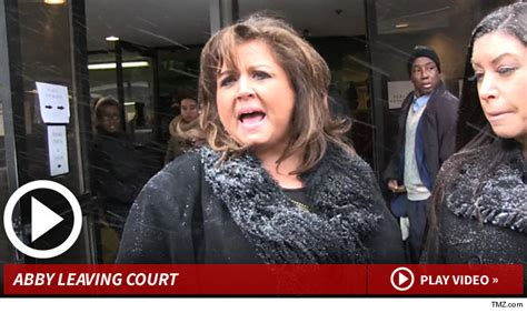 abbey lee miller court case dance moms stars blocked from tweeting at co star