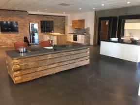 beton arbeitsplatte küche k 252 che k 252 che beton holz k 252 che beton k 252 che beton holz