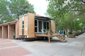 Tiny Modern Home by Gallery For Gt Tiny Modern House On Wheels