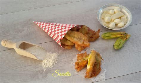 ricetta di fiori di zucca in pastella fiori di zucca in pastella con lievito di birra cucina