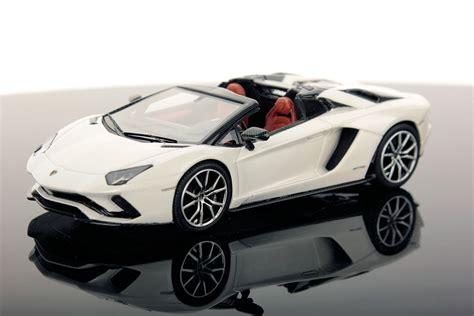 lamborghini aventador s roadster buy lamborghini aventador s roadster 1 43 looksmart models