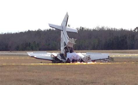 plane crash three killed when plane trying to avoid collision crashes