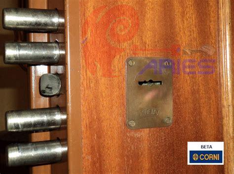 cambio serrature porte blindate aggiornamento serrature doppia mappa con cilindro europeo
