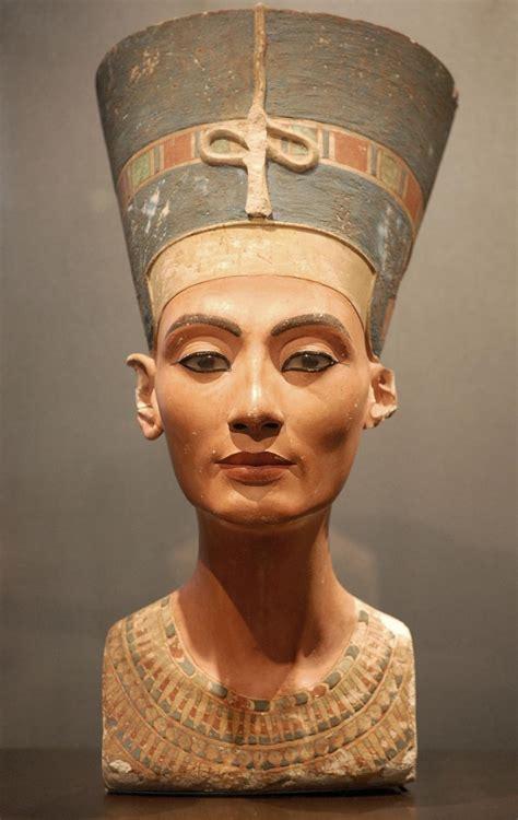 imagenes egipcias nefertiti busto de nefertiti laboratorio de arte de altair