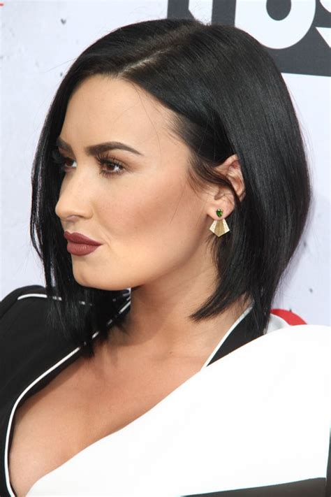 demi lovato hair demi lovato s hairstyles hair colors steal her style