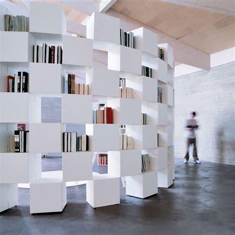libreria divisoria libreria net una libreria modulare per il soggiorno