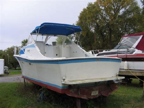 salty dog boat sales 1972 uniflite salty dog boats yachts for sale
