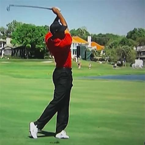 golf swing follow through golf swing 601 the follow through golf loopy play
