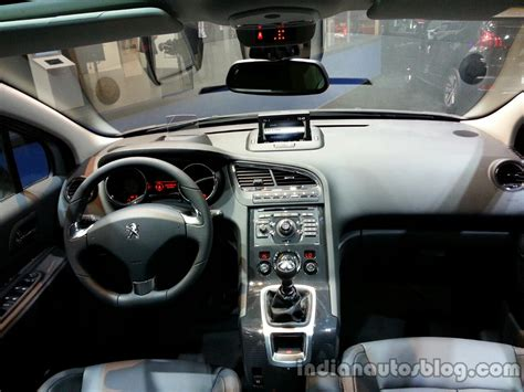 peugeot 5008 interior peugeot 5008 facelift revealed frankfurt live