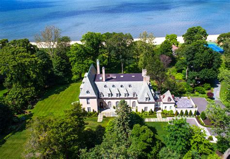 great gatsby island the island mansion that inspired the great gatsby
