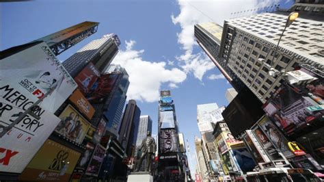 nypd barrier section nypd on alert after isis blog targets times square video