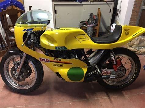 Classic Motorrad Racing by 1975 Benelli 250 2c Racing Www Classic Motorrad De