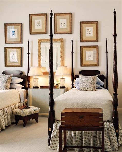 Bedrooms Wallpaper by 22 Guest Bedrooms With Captivating Twin Bed Designs