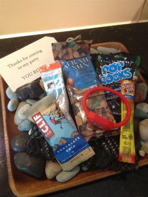 gifts for rock climbers best 25 rock climbing walls ideas on rock climbing rock climbing near me and