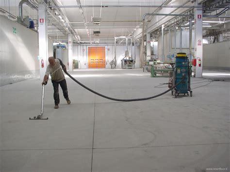 pallinatura pavimenti resina pavimenti immagini fasi di lavorazione resin