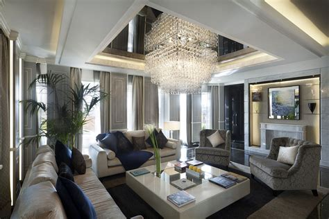 Evi Gamis Syar I the most luxury suite in rome spagnulo partners