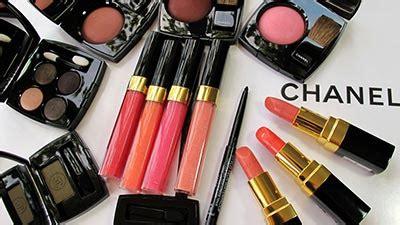 Harga Parfum Merk Anggun 10 merk kosmetik wanita terkenal di dunia