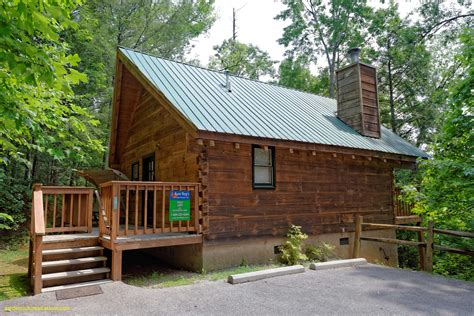 one bedroom cabins in pigeon forge fresh 4 bedroom cabins in pigeon forge maverick mustang