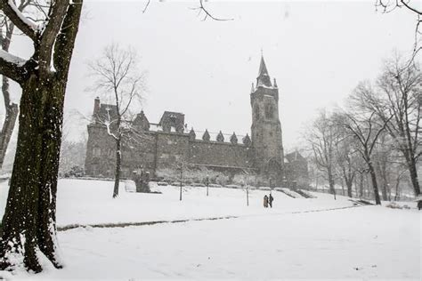 Lehigh Mba by Lehigh Mba Students Avoid Quot Snow Day Quot By Attending Class