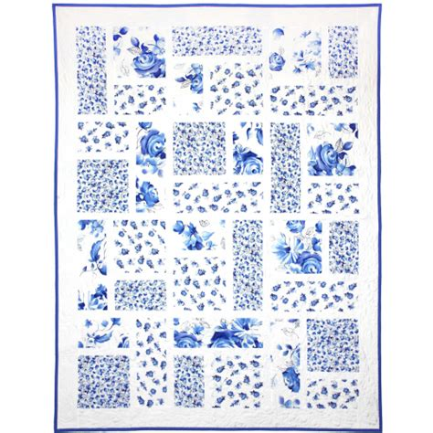 shabby sweet quilt blue and white