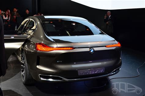 future bmw 7 series bmw vision future luxury concept beijing live