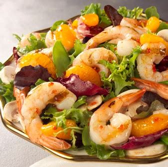 Sprei Set Pasta Salur grilled shrimp salad with raspberry vinaigrette ready