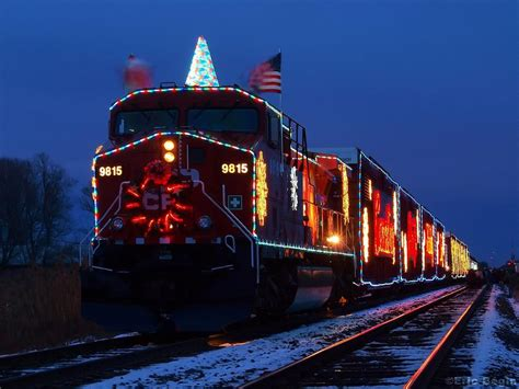 christmas train 2017 grasscloth wallpaper