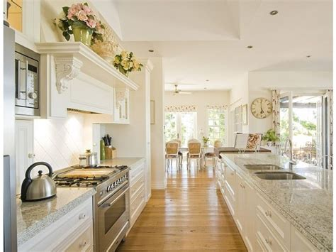 french provincial kitchen ideas best 25 french provincial kitchen ideas on pinterest