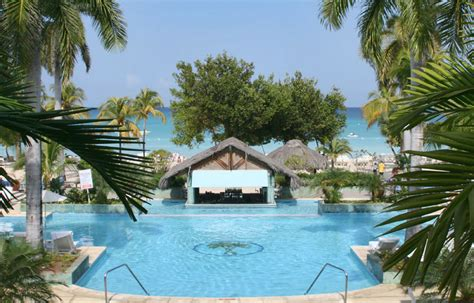 Couples Retreat In Negril Jamaica Couples Swept Away Negril Jamaica Rooms Gardens Beaches
