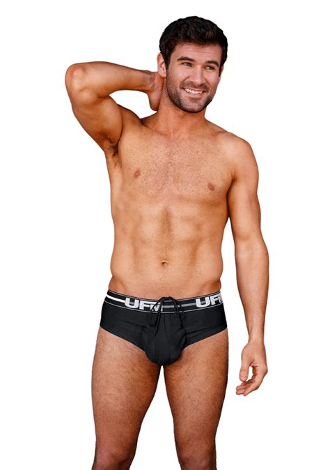 guys that trim blog how to choose the right pouch underwear for your body