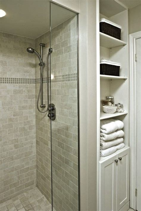 Change Bathtub To Shower Stall by Best 20 Small Bathroom Showers Ideas On Small