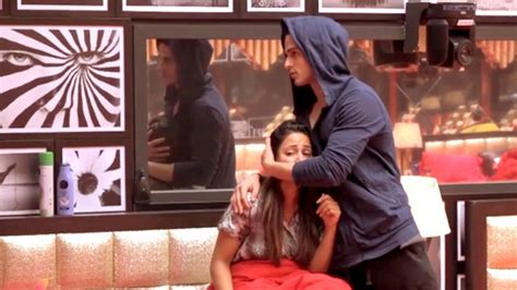 images of love in bigg boss bigg boss 11 priyank sharma showers love on hina khan