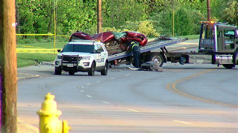cincinnati car crash 1 dead after 3 vehicle crash in winton wkrc