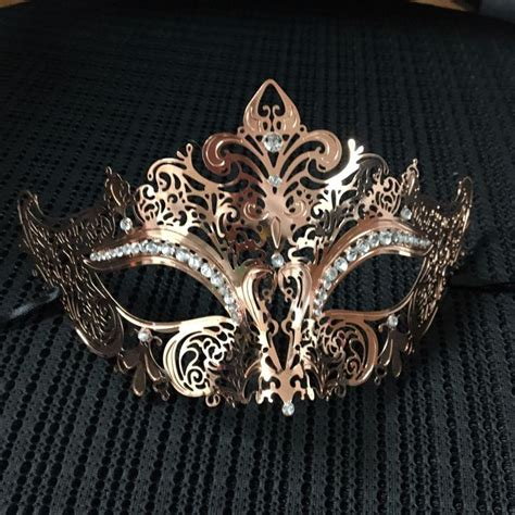 details  rose gold luxury  elegant mask venetian halloween ball masquerade mask