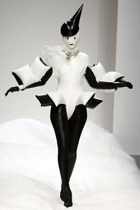 Lu Belakang Sp 810 White 810 best images about structures on headpieces leigh bowery and jean paul gaultier