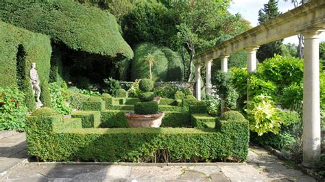 Gardens Of The Ancients by 53 Stunning Topiary Trees Gardens Plants And Other Shapes