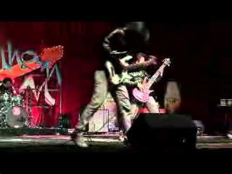 black veil brides of drum cover by nur amira amira syahira delova dalam sentuhan ikon 2013 episod