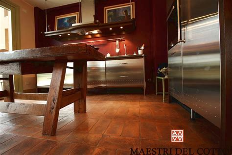 pavimento in cotto antico prezzi cotto antico prezzi pavimenti in cotto fatto a mano e