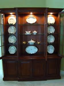 How To Decorate A China Cabinet How To Decorate A China Cabinet For The Home Pinterest