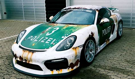 porsche wrapped rust wrap police car porsche cayman gt4 by wrapstyle
