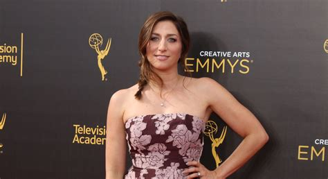 chelsea peretti shows 5 reasons comedian and actress chelsea peretti is awesome